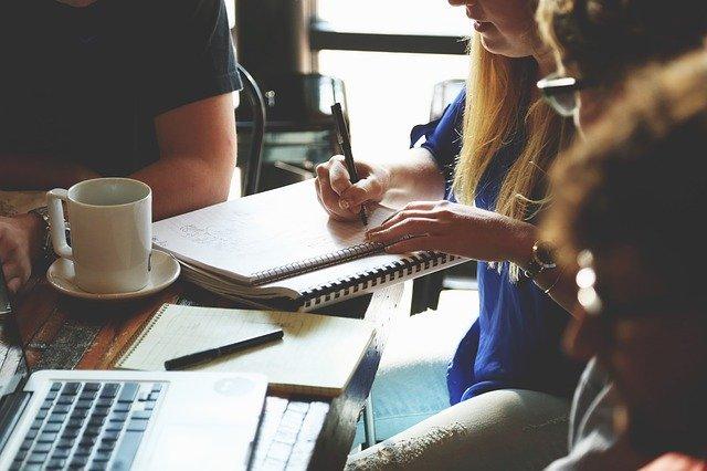 Specjalistyczne usługi pozycjonowania przy budowaniu pozycji strony internetowej